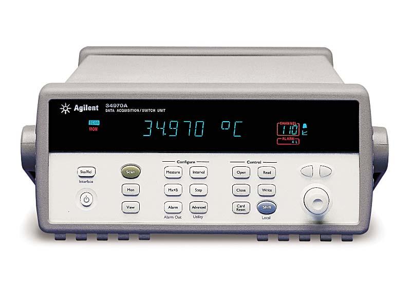 Источник питания Agilent Technologies E3631A (0- +25V, 0-1A; 0- -25V, 0-1A; 0- 6V, 0-5A 80W.)