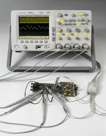 DSO6012A - Цифровой запоминающий осциллограф Agilent Technologies (100 МГц, 2выб/с, 2-канальный)