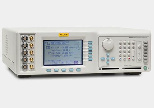 FLUKE 9500B/3200 Многофункциональный калибратор