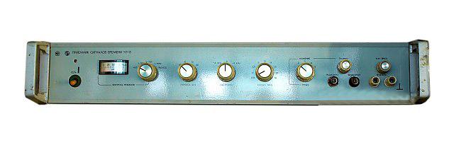Приемник эталонных сигналов частоты и времени Ч7-13